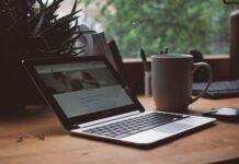 Copywriter dla firm to specjalista od marketingu oraz treści.