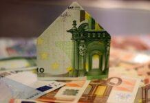 Parabanki to inne instytucje finansowe, które mogą udzielać pozyczek i oferować usługi bankowe.