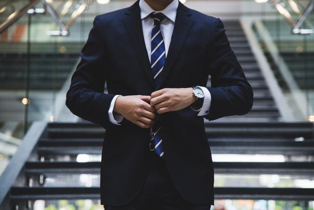 Jak ubrać się na rozmowę o pracę? Czysto i Schludnie!