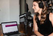 Dlaczego warto słuchać podcastów? Dzięki nim możesz każdego dnia rozwijać siebie i swoje pasje!