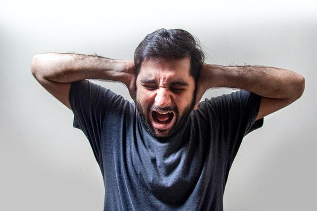 Stres może nieść ze sobą wiele negatywnych skutków, dlatego warto wiedzieć jak redukować stres